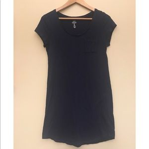 Gap size medium navy t-shirt dress